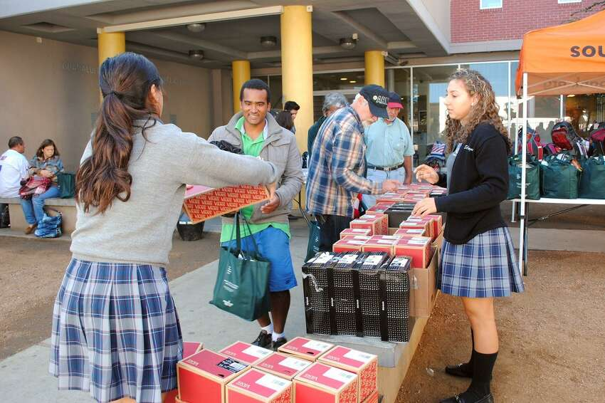 The South Texas Food Bank partnered up with St. Augustine High School to collect and distribute bags of food, personal care kits and blankets to Bethany House clients in support of National Hunger & Homelessness Awareness Week in Laredo on Nov. 15.