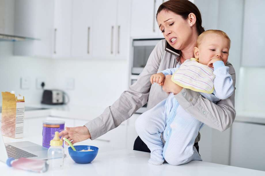 A mother is worried her daughter can not handle another child. Photo: PeopleImages/Getty Images