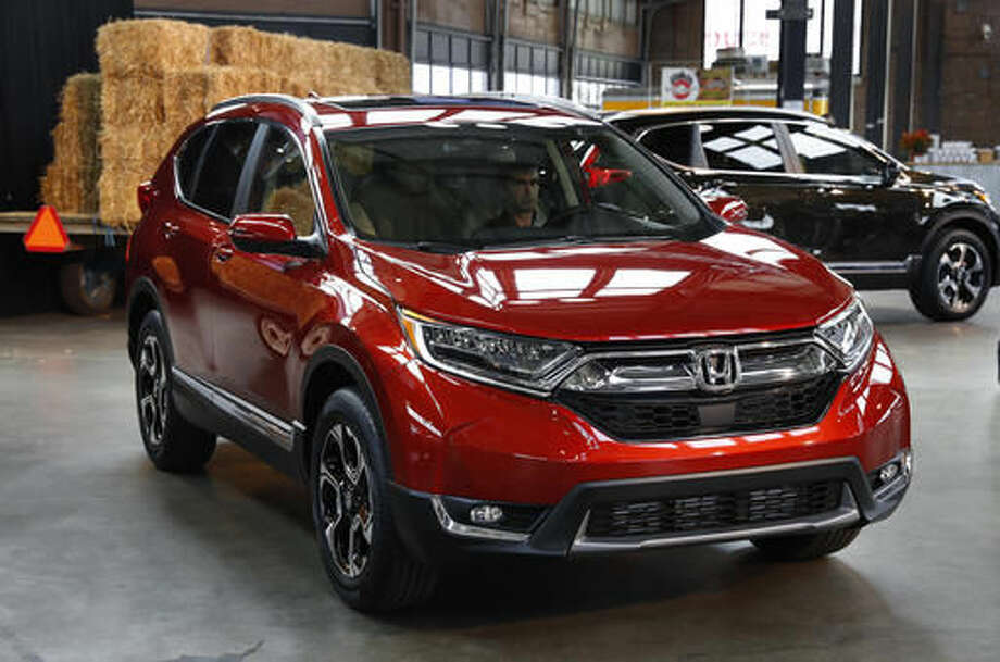 FILE- This Oct. 12, 2016, file photo shows the 2017 Honda CR-V, in Detroit. Honda says global mass production of the new version of its CR-V has begun in Ohio. The redesigned and reengineered 2017 CR-V goes on sale in the winter. Production at Honda's East Liberty Auto Plant began Tuesday, Nov. 22, 2016. (AP Photo/Paul Sancya, File) Photo: Paul Sancya