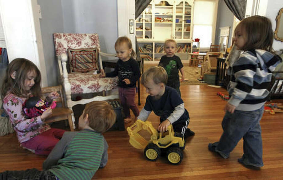 ADVANCE FOR SUNDAY DEC. 4 AND THEREAFTER - In this Monday Nov. 21, 2016 photo, children explore and play together at So Social LLC, a drop-in, Montessori-inspired child care center in Huntington, W.Va. (Lori Wolfe/The Herald-Dispatch via AP) Photo: Lori Wolfe