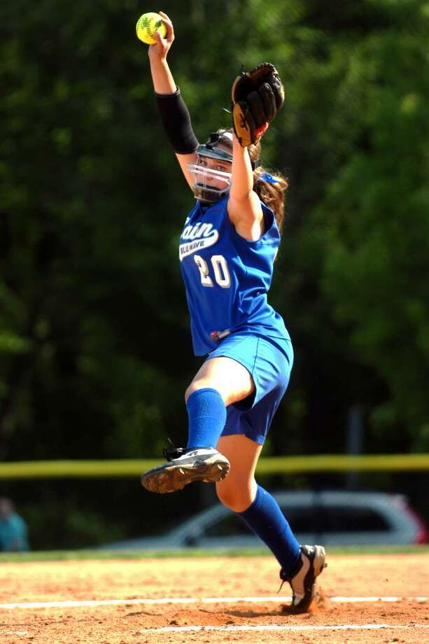 Darien pitcher (No. 20) Jessica DeMaio in high school softball action against Trumbull, in Darien, Conn. Friday, May 21st, 2010. Photo: Ned Gerard / Connecticut Post