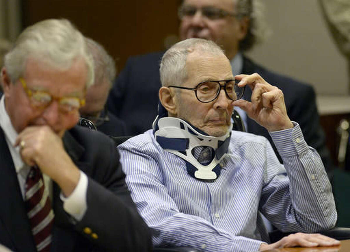 Real estate heir Robert Durst, right, sits with his Attorney Dick De Guerin during a long-awaited appearance in a courtroom in Los Angeles on Monday, Nov. 7, 2016. Durst pleaded not guilty to murder Monday in the death of a friend who authorities said Durst wanted to keep from talking to investigators looking into the disappearance of his first wife. (Kevork Djansezian/Pool Photo via AP)