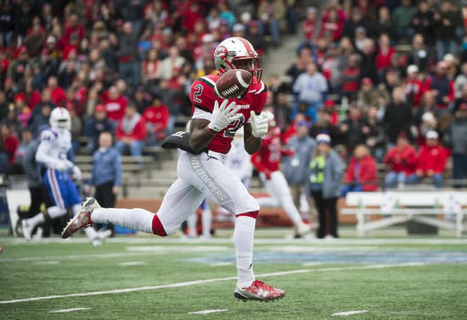 Western Kentucky wide receiver Taywan Taylor (2) attempts to catch a pass against Louisiana Tech in the first half of the Conference USA championship NCAA college football game, Saturday, Dec. 3, 2016, at L.T. Smith Stadium in Bowling Green, Ky. (AP Photo/Michael Noble Jr.)