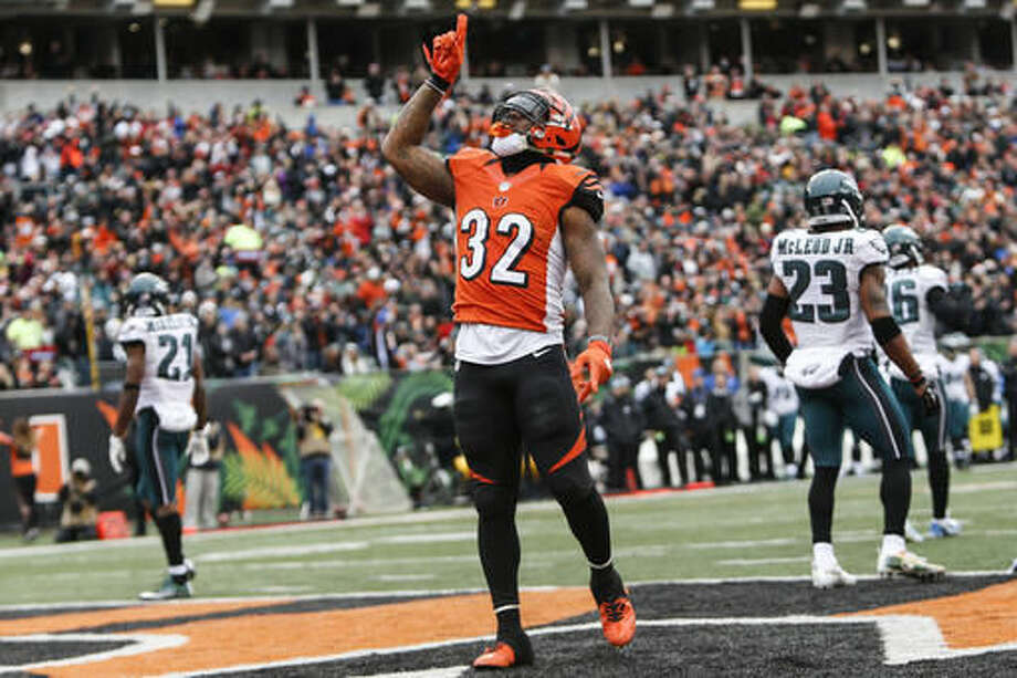 Cincinnati Bengals running back Jeremy Hill celebrates his touchdown in the first half of an NFL football game against the Philadelphia Eagles, Sunday, Dec. 4, 2016, in Cincinnati. (AP Photo/Frank Victores)
