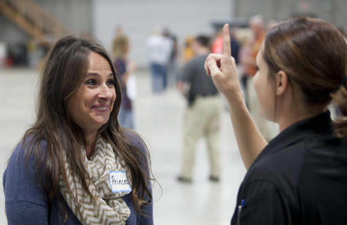 ADVANCE FOR USE SATURDAY, NOV. 19, 2016, AND THEREAFTER- In this Nov. 8, 2016, photo, Michelle Gehl, of the Dyersville Police Dept., right, gives volunteer Jennifer Artingstall a field sobriety test as multiple law enforcement agencies participated in field sobriety evaluation training at the Dubuque County Emergency Responder Training Facility in Dubuque, Iowa. (Mike Burley/Telegraph Herald via AP)