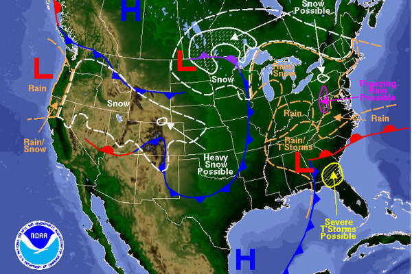 A powerful cold front is forecast to his the Houston region sometime late Wednesday, Dec. 7, 2016, or early Thursday, Dec. 8, 2016, dropping low temperatures to near Freezing. (National Weather Service)
