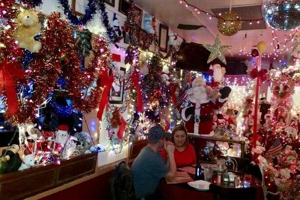 Riva's Italian Restaurant      Location : 1117 Missouri St,