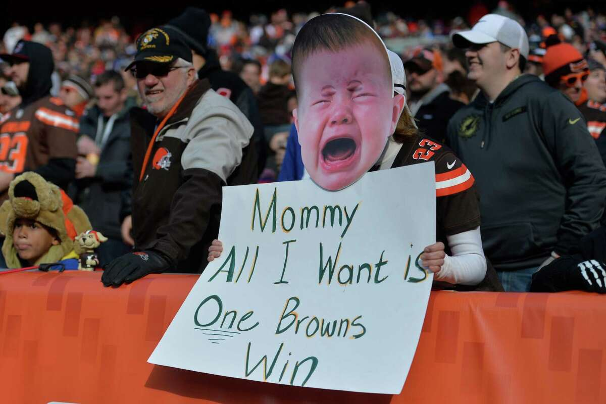 32.Cleveland (0-12) | Last week: 32 At least the Browns didn't lose. It was their bye week. Their next loss should be to Cincinnati, making them 1-23 over their last 24 games.