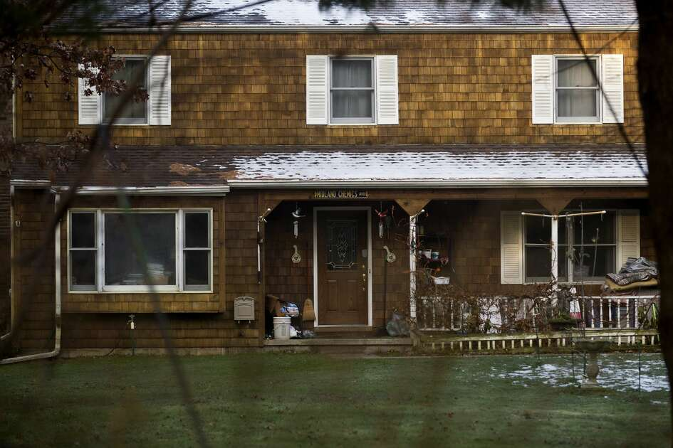 ERIN KIRKLAND | ekirkland@mdn.net The house where the homicide of Rayton Dale Nies occurred Monday night at 3111 N Lakeview Dr.