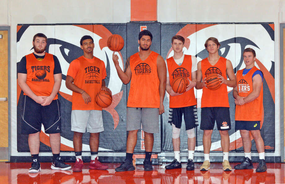 Seniors on the Edwardsville boys' basketball team are, left to right, Zach Doornink, Mark Smith, AJ Epenesa, Oliver Stephen, Nathan Kolesa and Jackson Best.