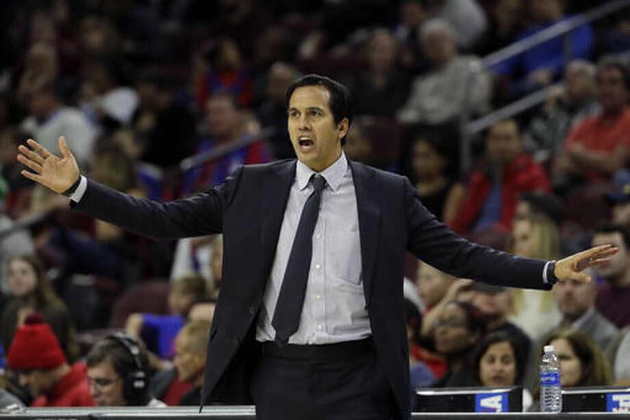 Miami Heat head coach Erik Spoelstra yells to his team during the first half of an NBA basketball game against the Philadelphia 76ers, Monday, Nov. 21, 2016, in Philadelphia. (AP Photo/Matt Slocum)