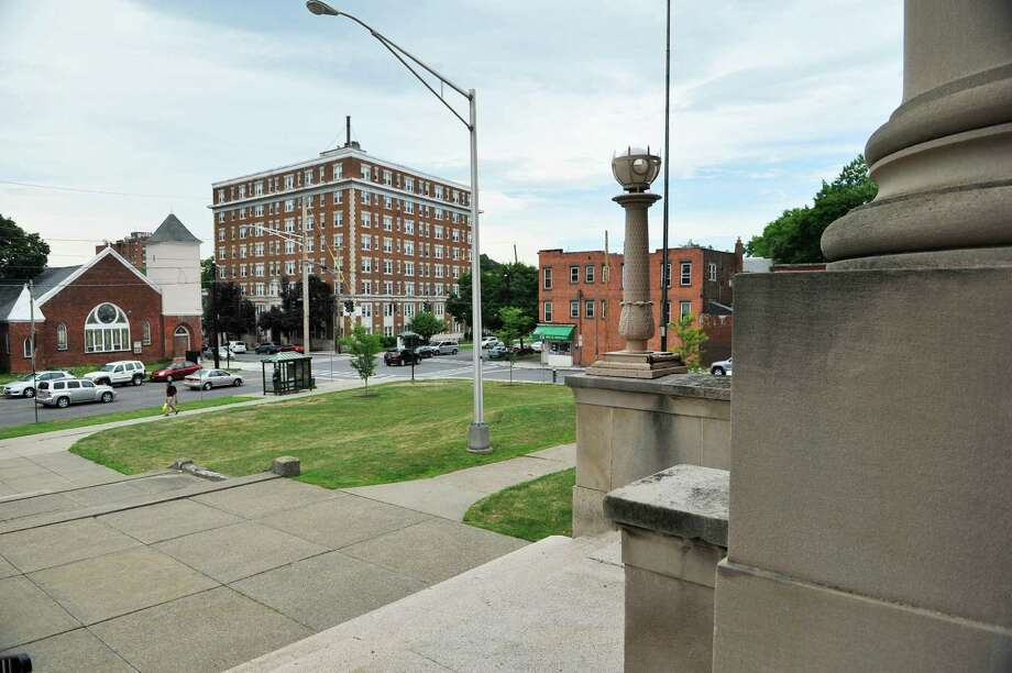 A view looking out on to Western Ave. from the University at Albany downtown campus building that will become the College of Engineering and Applied Sciences on Monday, July 18, 2016, in Albany, N.Y.  The City of Albany and the college announced on Monday that they will conduct a joint study to look at improving connections to the UAlbany downtown campus.  (Paul Buckowski / Times Union) Photo: PAUL BUCKOWSKI / 20037357A