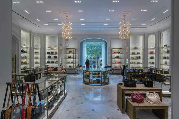 Bergdorf Goodman unveiled this fall its new main floor, which features luxury accessories and jewelry.