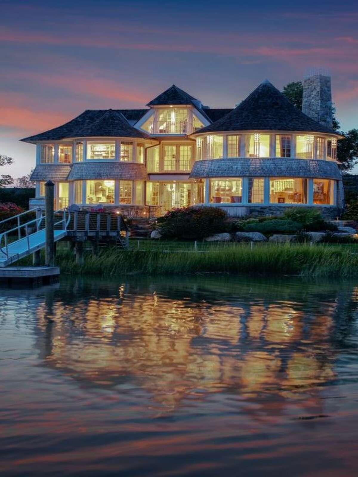 06870 - Old Greenwich, Conn. Ranking: 65 of 100 Median Sale Price 2018:$1.67 million Source: PropertyShark