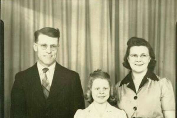 This is Chester Tucker with his family.  In back are Chet, daughter Barbara and his wife Mayme.  In front are Shirley, Leland and Dick.