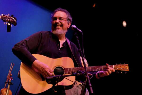 Musician David Bromberg is at work on a new CD with Willie Nelson, Los Lobos and Lyle Lovett.