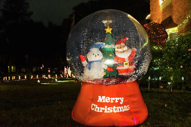 The Christmas spirit is in full swing in the Prestonwood Forest neighborhood in Northwest Houston—the subdivision comes together to put on one of the biggest neighborhood lights displays in Houston.