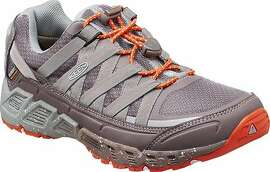 The Keen women�s Versatrail Waterproof Shoe has lightweight, flexible support, plus a dual-density footbed that helps absorb shock � so you can stay out all day.