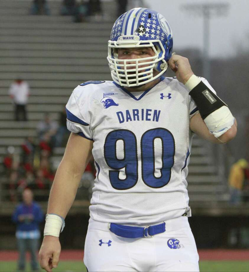 Darien's Mark Evanchick is the state record holder for sacks in a season. Photo: Matthew Brown / Hearst Connecticut Media / Connecticut Post Freelance