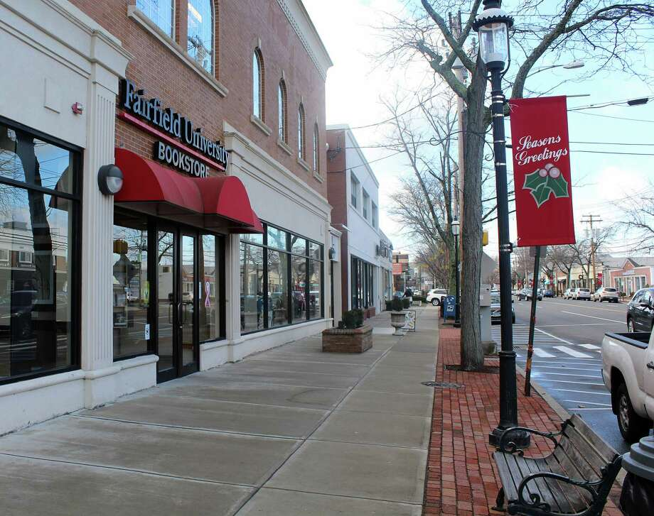 The Fairfield University Bookstore in downtown Fairfield. Photo: Laura Weiss / Hearst Connecticut Media / Fairfield Citizen