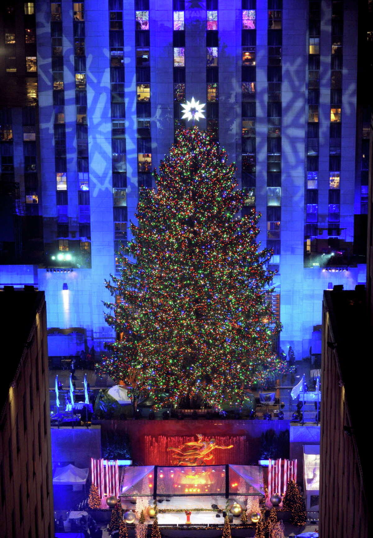 IMAGE DISTRIBUTED FOR TISHMAN SPEYER - The Rockefeller Center Christmas Tree stands lit, Wednesday, Nov. 30, 2016, in New York. The 94-foot tall Norway spruce is covered with more than 50,000 multi-colored LED lights. (Photo by Diane Bondareff/Invision for Tishman Speyer/AP Images) ORG XMIT: NYLB107
