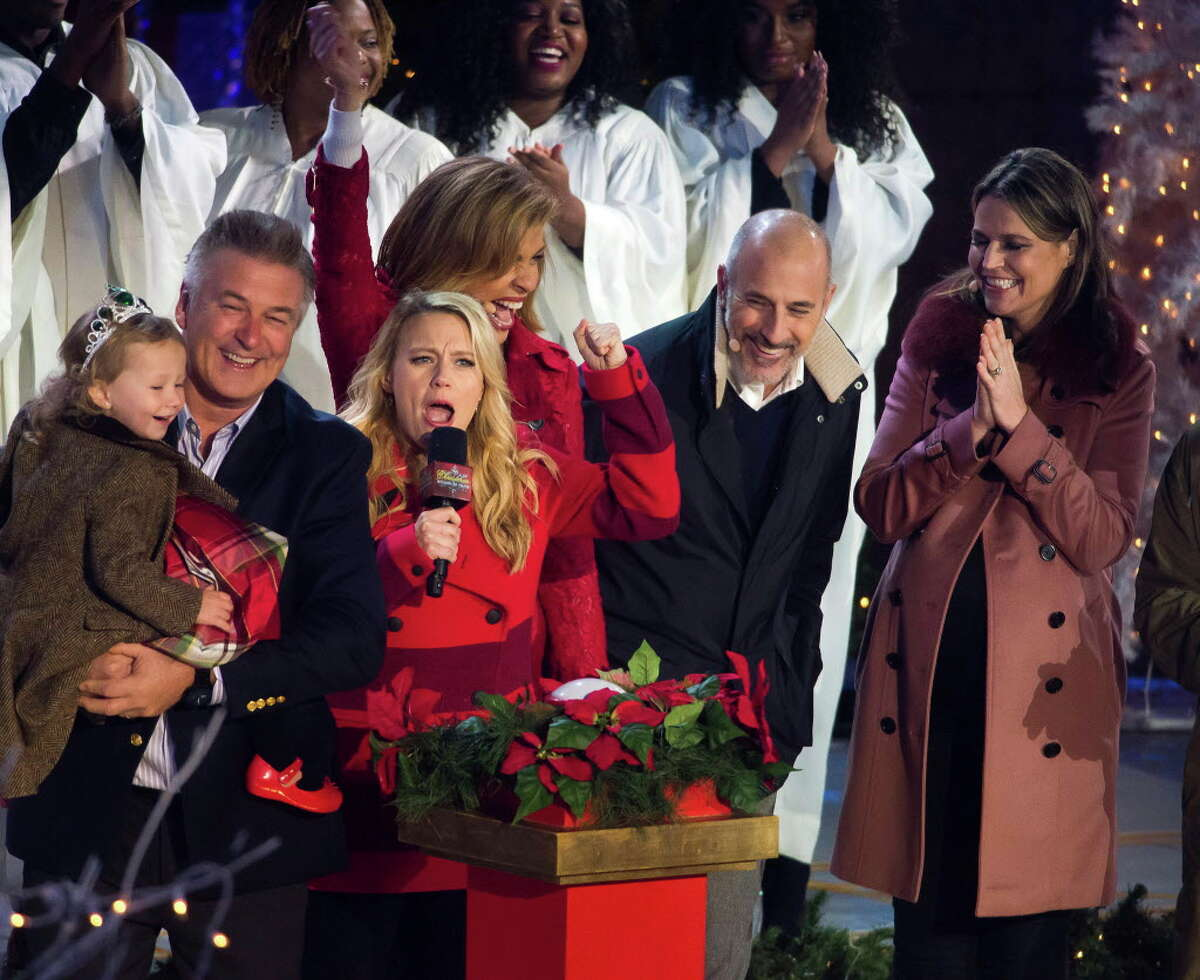 Carmen Baldwin, from left, Alec Baldwin, Kate McKinnon, Hoda Kotb, Matt Lauer and Savannah Guthrie attend the 84th Annual Rockefeller Center Christmas Tree lighting ceremony on Wednesday, Nov. 30, 2016, in New York. (Photo by Charles Sykes/Invision/AP) ORG XMIT: NYCS107