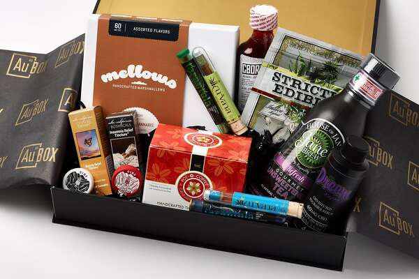 High-end cannabis gifts for the 2016 season.