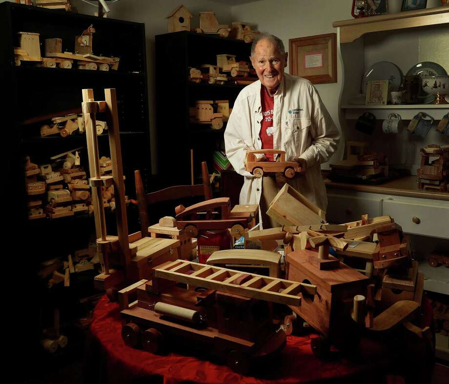 Ernest Raines in his toy-packed house. Photo: Karen Warren, Houston Chronicle / 2016 Houston Chronicle