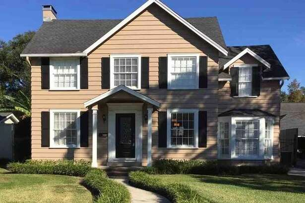 616 22ND ST., BEAUMONT, TEXAS 77706    $210,000   4 bedrooms; 2 full, 1 half bathroms. 2,334 sq. ft.       See the listing  here .
