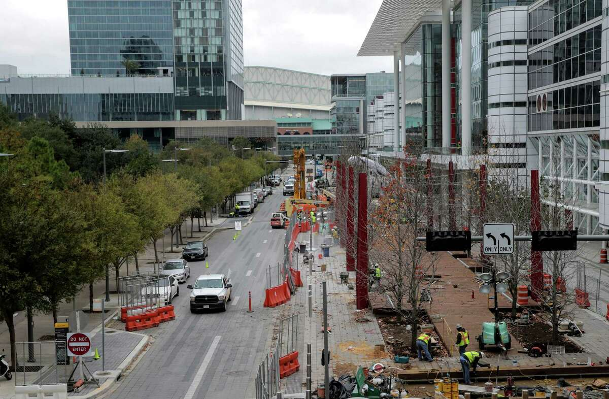 Construction for on Avenida, the pedestrian promenade in front of the George R. Brown Convention Center which aims to open five new restaurants before Super Bowl LI. Coupled with six concepts going into the Marriott Marquis Houston it makes for a new restaurant row around the Discovery Green area.