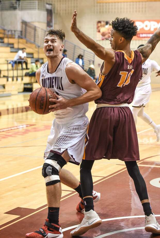 TAMIU forward Dan Milota is one of three seniors returning for the defending co-Heartland Conference champions. The Dustdevils begin the 2017-18 season hosting games Friday and Saturday night. Photo: Danny Zaragoza /Laredo Morning Times File / Laredo Morning Times