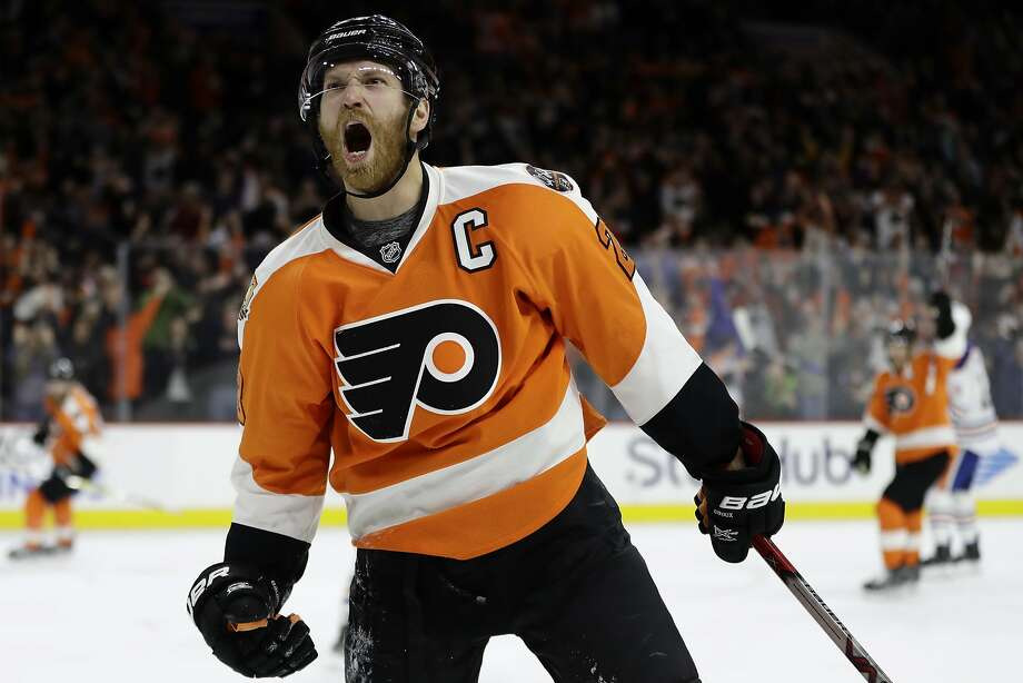 The Flyers' Claude Giroux celebrates after scoring in the second period of a win over the Oilers. Photo: Matt Slocum, Associated Press