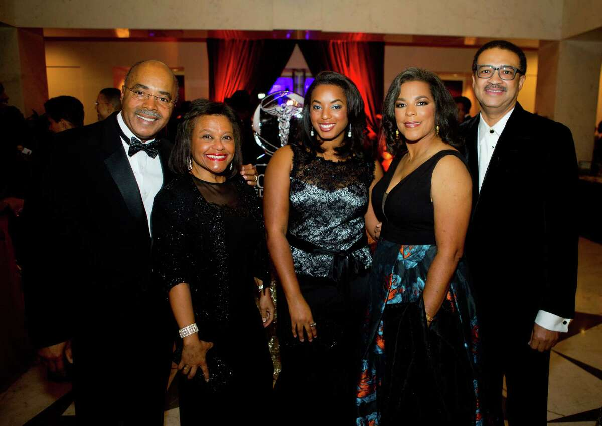 Guests arrive at the Hilton Houston Post Oak for the annual scholarship gala of the Houston Medical Forum on Friday, Dec. 2, 2016. (Annie Mulligan / Freelance)