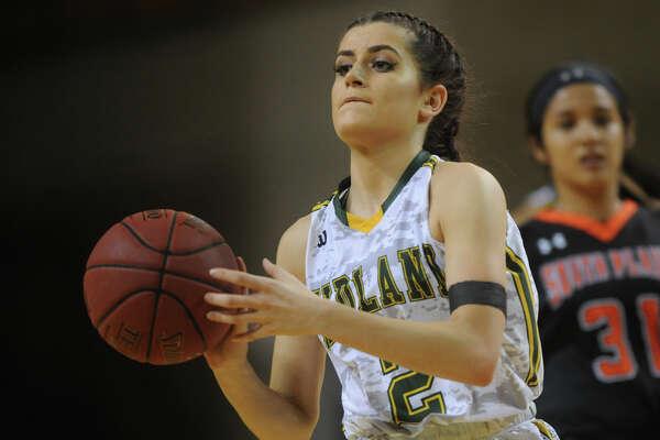 Midland College's Kayla Bretherton (2) moves the ball against South Plains on Wednesday, Nov. 30, 2016, at Chaparral Center. James Durbin/Reporter-Telegram