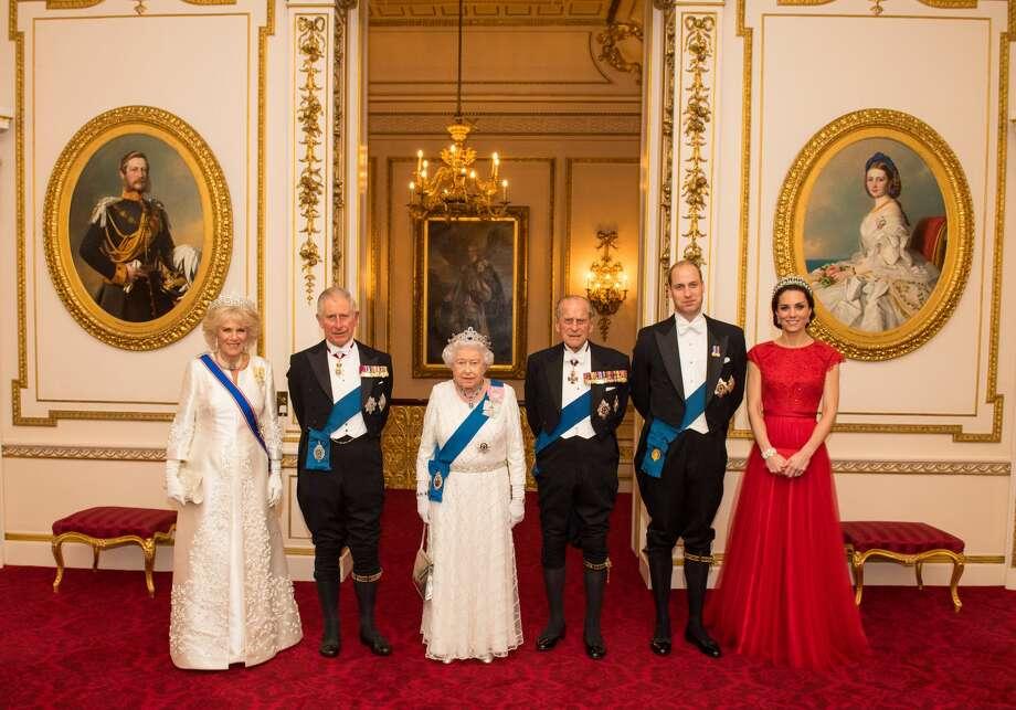 (L-R) Camilla, Duchess of Cornwall, Prince Charles, Prince of Wales, Queen Elizabeth II, Prince Philip, Duke of Edinburgh, Prince William, Duke of Cambridge and Catherine, Duchess of Cambridge Photo: WPA Pool/Getty Images