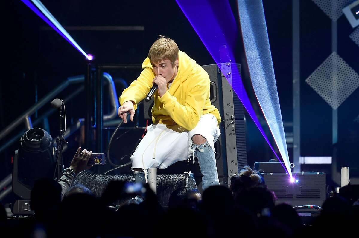 9. Justin Bieber The pop star's Purpose tour launched on March 9, 2016 in Seattle and ends on September 24, 2017 in Tokyo.