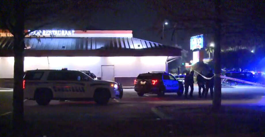A 19-year-old man died about 2 a.m. Saturday, Dec. 10, 2016, in a shooting during an apparent robbery attempt outside an IHOP at 6888 Gulf Freeway in southeast Houston. (Metro Video)
