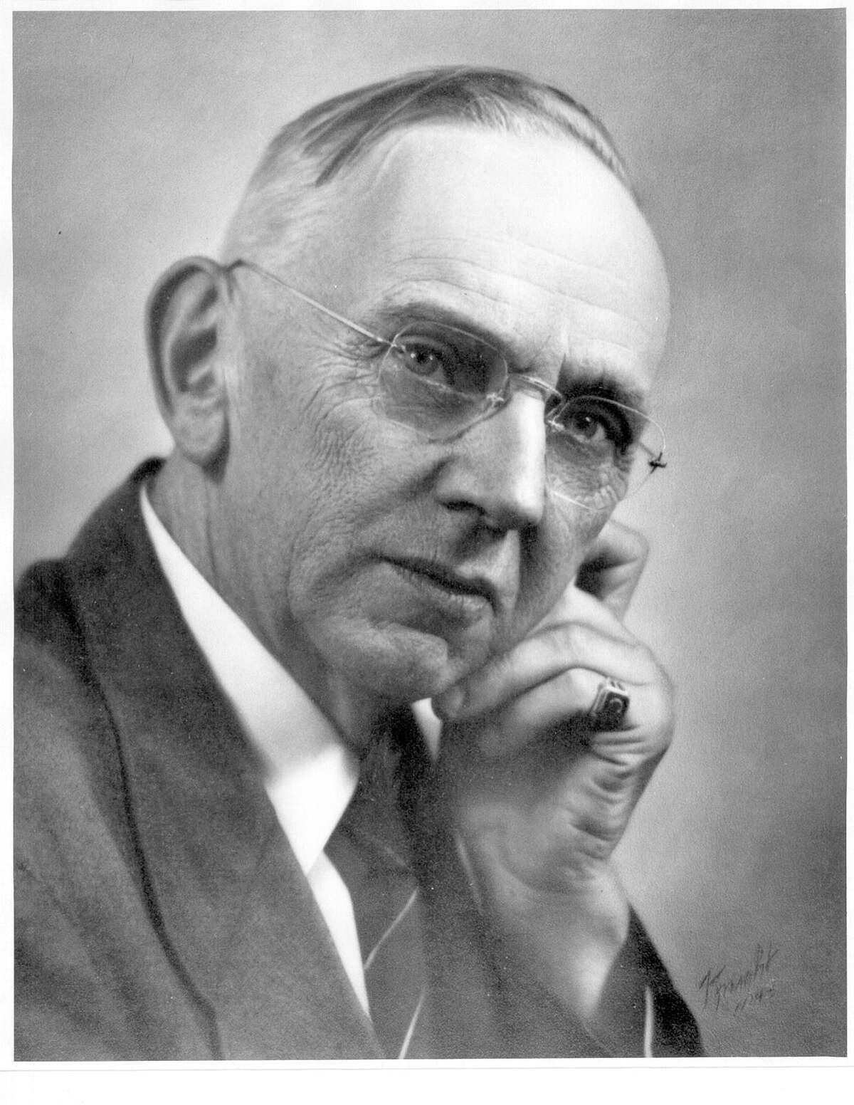 """Edgar Cayce, known as """"the Sleeping Prophet,"""" claimed to have a long lost past and predicted the future."""