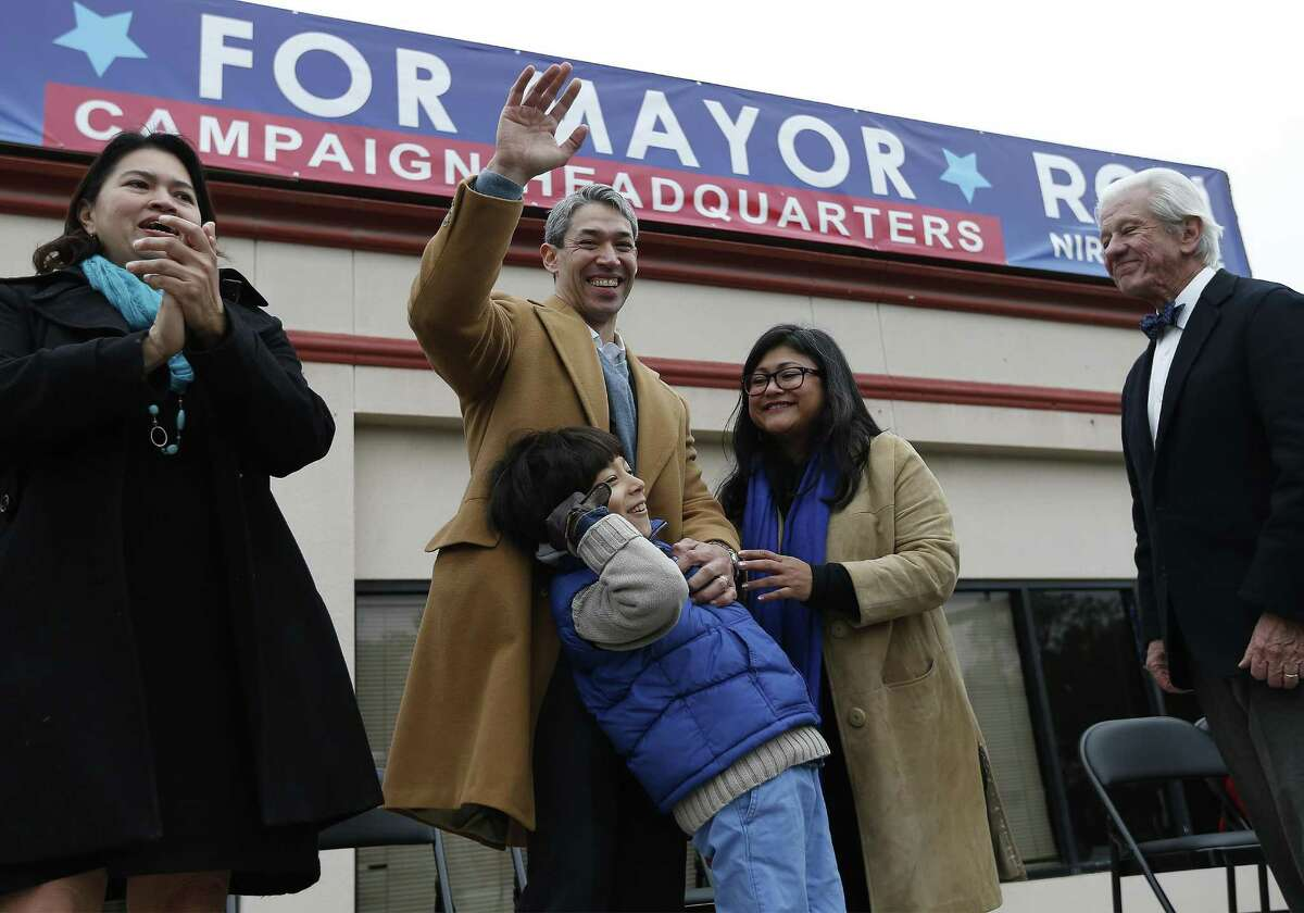 """District 8 Councilman Ron Nirenberg (center) with his wife Erika (second from right) and his eight-year-old son Jonah, announces his intention to run for city mayor to a large crowd gathered on Saturday, Dec. 10, 2016. Introduced by several VIPs and his wife, Erika, Nirenberg casted aside rumors and talk of his desire to be mayor. Nirenberg wasted little time in firing the first shot against Mayor Ivy Taylor as he brought up the issue of ethic violations against Taylor which Nirenberg and District 4 Councilman Rey Saldana were the only two opposing votes that effectively gave a pass to Taylor. Nirenberg touched on the city's population growth, economic opportunity, partnering with public school systems and on forging a transportation plan. """"I want more to say that I love it here (San Antonio) and I wouldn't live anywhere else,"""" Nirenberg said during his speech. (Kin Man Hui/San Antonio Express-News)"""