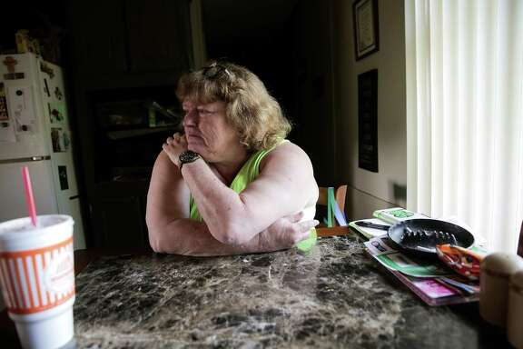 Cheryl Nunn in her home just outside Texarkansas, Arkansas, but on the Texas side on  Saturday, Nov. 12, 2016. ( Elizabeth Conley / Houston Chronicle )