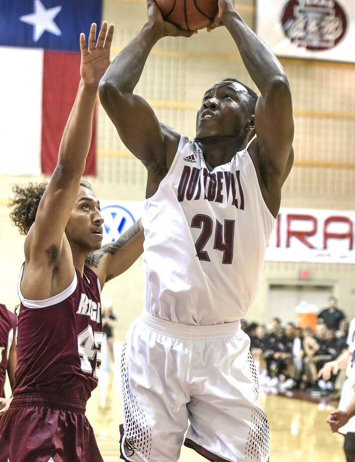 TAMIU center Bunja Yaboe had a team-high 16 points and seven rebounds in the Dustdevils' 83-68 loss at Incarnate Word on Saturday night. Photo: Danny Zaragoza /Laredo Morning Times File