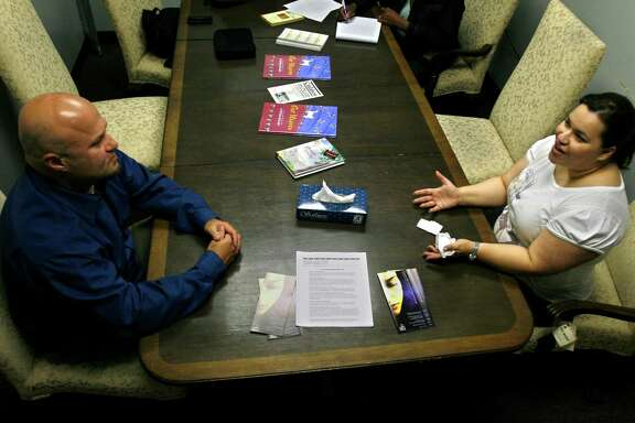 Psychologists implicity give advice when they dispense therapy. (Chronicle File Photo)