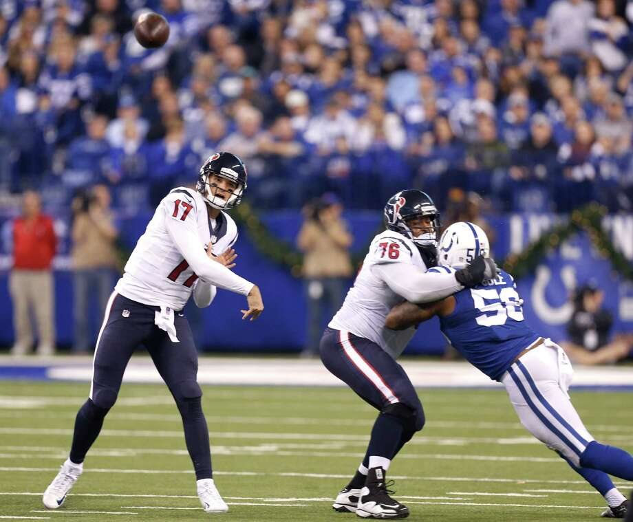 Houston Texans quarterback Brock Osweiler (17) throws a pass against the Indianapolis Colts during the second quarter of an NFL football game at Lucas Oil Stadium on Sunday, Dec. 11, 2016, in Indianapolis. Photo: Brett Coomer, Houston Chronicle / © 2016 Houston Chronicle