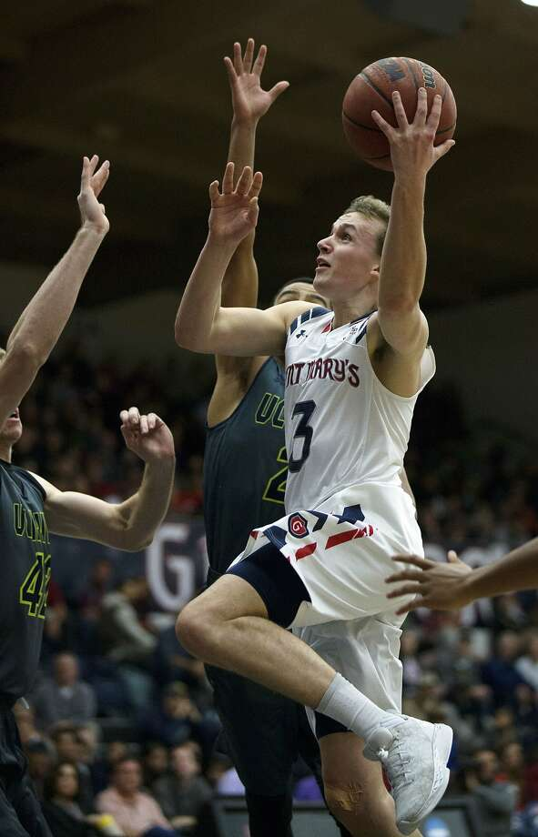 St. Mary's Emmett Naar drives to the basket against UC Irvine during the first half of the Gaels' blowout win. Photo: D. Ross Cameron, Associated Press
