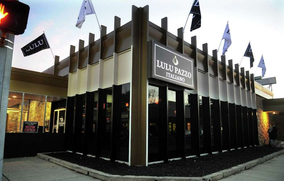 An exterior view of restaurant Lulu Pazzo Italiano on Main Street in Ansonia, Conn. on Friday Dec. 9, 2016. Photo: Christian Abraham / Hearst Connecticut Media / Connecticut Post