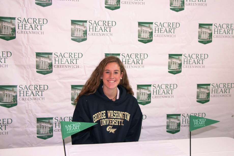 Sacred Heart Greenwich senior Lilly O'Sullivan recently signed a National Letter of Intent to compete on the crew team at George Washington University Photo: Contributed Photo
