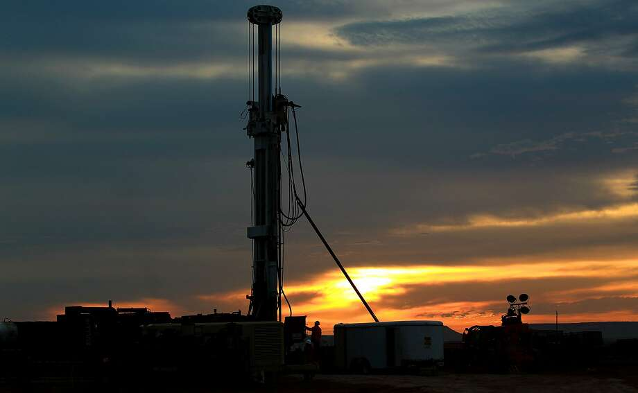 """""""Midland and Odessa will continue to improve"""" as the region's dominant oil and gas industry continues to recover from a two-year drop in commodity prices and activity,"""" Ray Perryman said.  Photo: JOHN DAVENPORT, SAN ANTONIO EXPRESS-NEWS"""