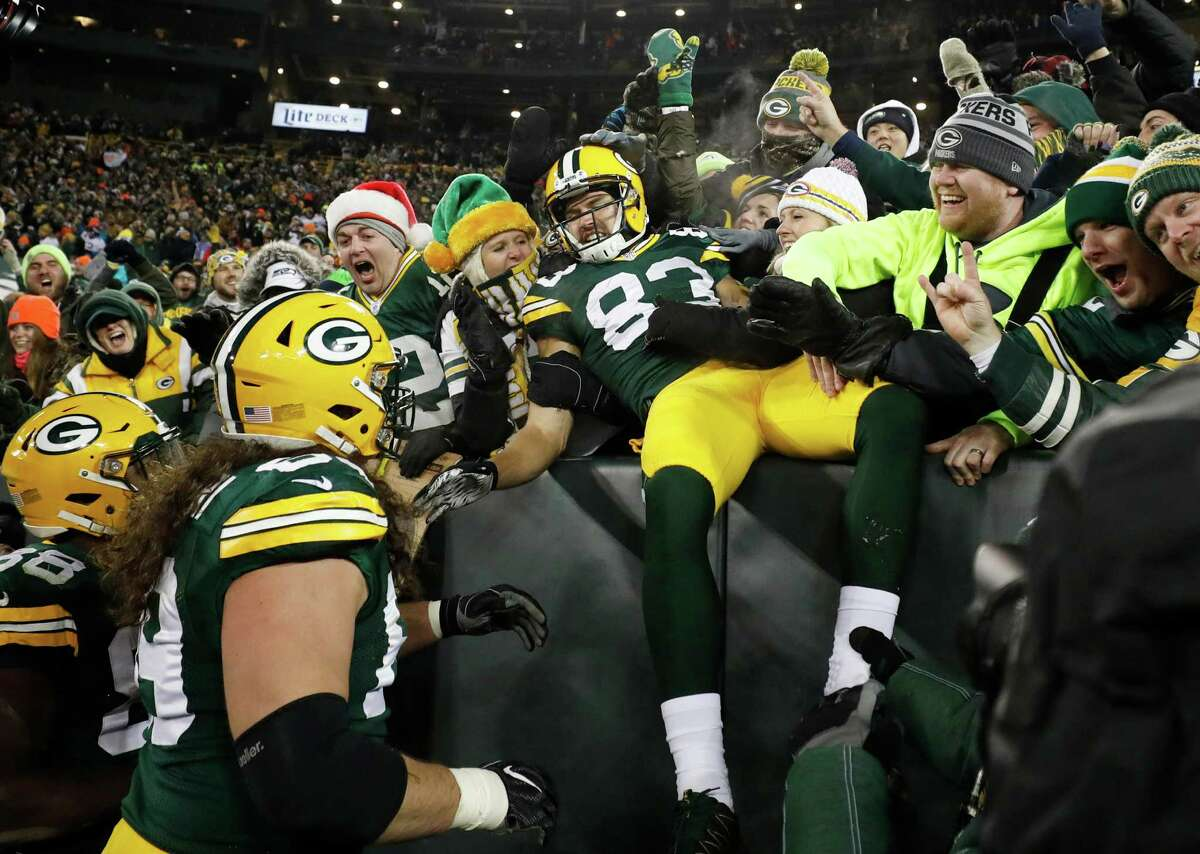 2. Green Bay (1-0) Last week: 4 Dom Capers' defense was outstanding in limiting Seattle to nine points. Now, the Packers get a tougher offensive test at Atlanta.