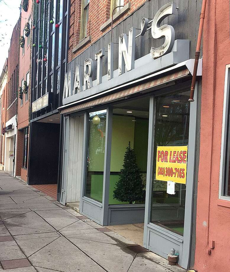 Bobs clothing store danbury ct