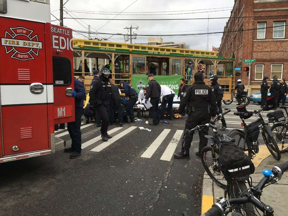 SPD officer injured in crash with trolley Photo: KOMO News